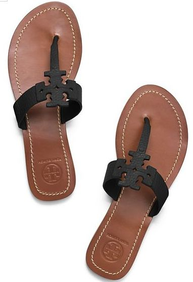 Love these Tory Burch logo thong sandals
