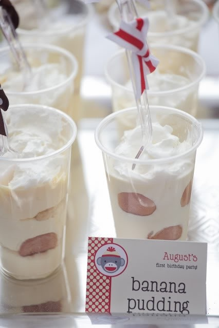 Instead of cake why not serve cold banana pudding in small disposable cups. Kids would love it and easy to make.