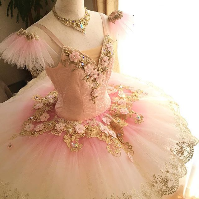 1bb3fe1c212a59 喜んで頂けてとても嬉しいです #ballet #tutu #princess #aurora #act1#rose#handmade #バレエ# バレエ衣装製作 #オーダーメイド#バレエ衣装オーダー #オーロラ#ローズ# ...