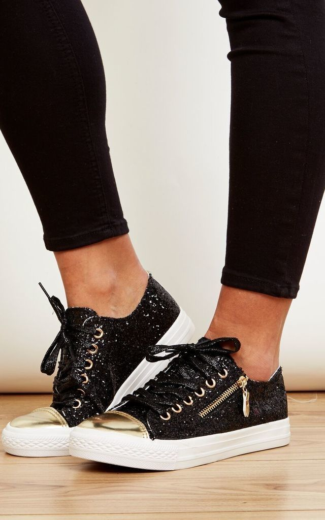 Comfortable and sparkly! Check out this new pair of zip up trainers, easy to pair with an ultra cool flare!