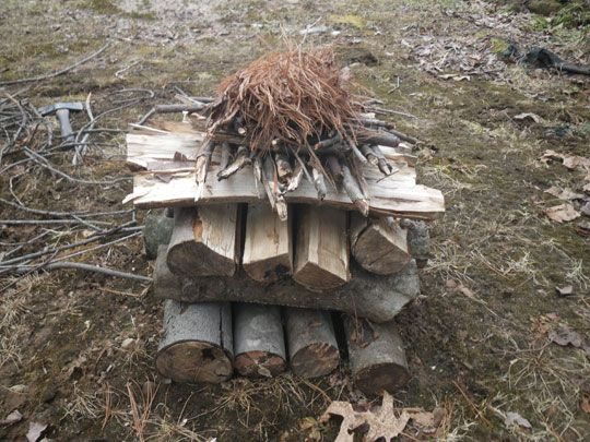 How to Build a Self Feeding Fire   Upside Down Fire
