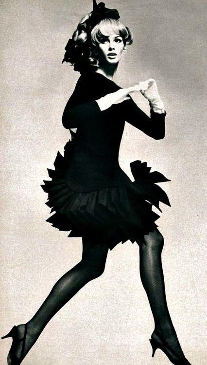 Jean Shrimpton, Vogue Paris, December 1966