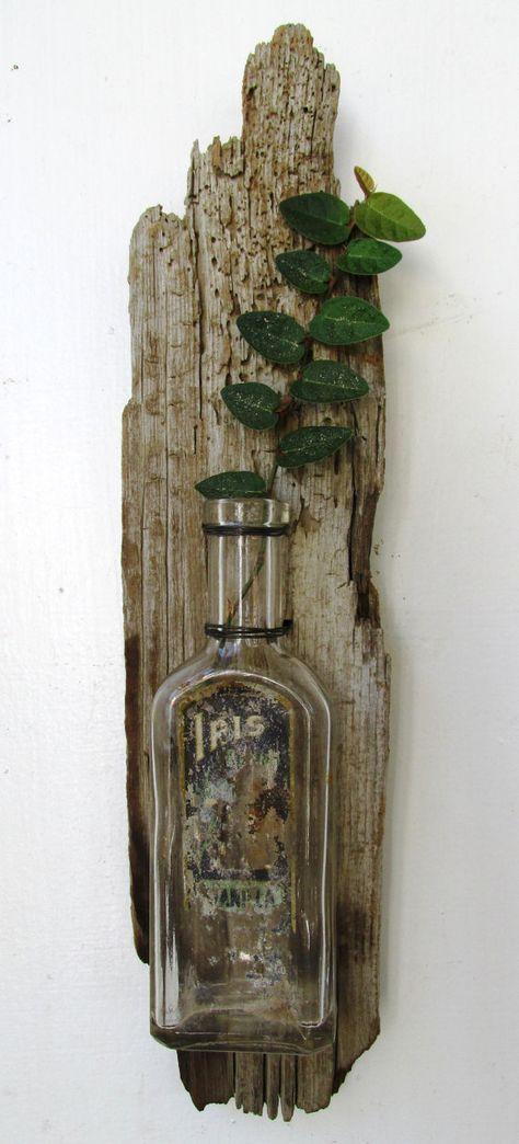 Treibholz, aufgearbeiteten Holz Vase mit Jahrgang Medizin-Flasche, rustikale Wohnkultur, Beach Home Dekor