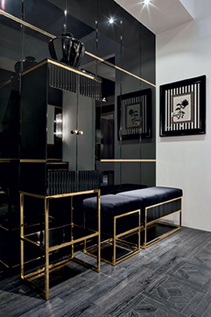 Luxury Closet With Vanity