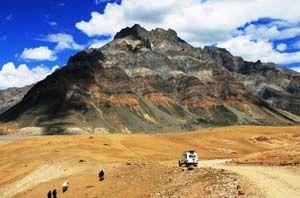 Drive to earth's very own Moonland- Lamayuru in Ladakh.