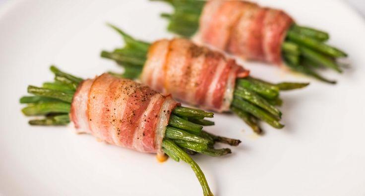 Baconbe tekert ceruzabab recept: A baconbe tekert ceruzabab egy gyorsan elkészíthető, és nagyon finom köret például bárány, vagy más húsételek mellé. Készítsd el ezt a baconbe tekert ceruzabab receptet, imádni fogod! ;)