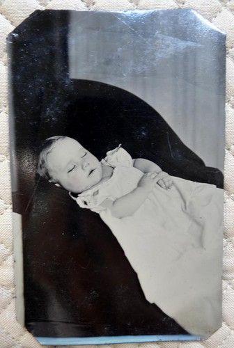 Beautiful Victorian Post Mortem Tintype Photo Baby Winifred Dennis Warsaw NY | eBay