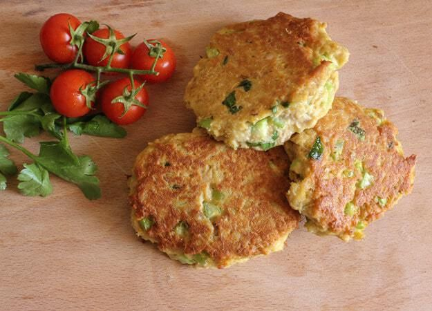 Tuna Burgers, who needs meat when these Tuna Burgers become the best burger ever. Not only delicious but healthy too!