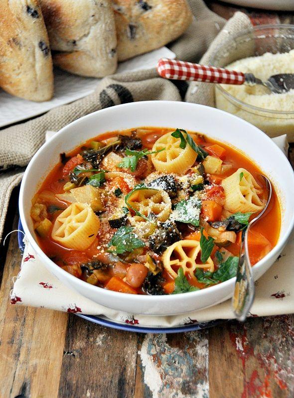 Minestrone with Borlotti, Fennel & Kale + Kitchenaid Food Processor Giveaway a2