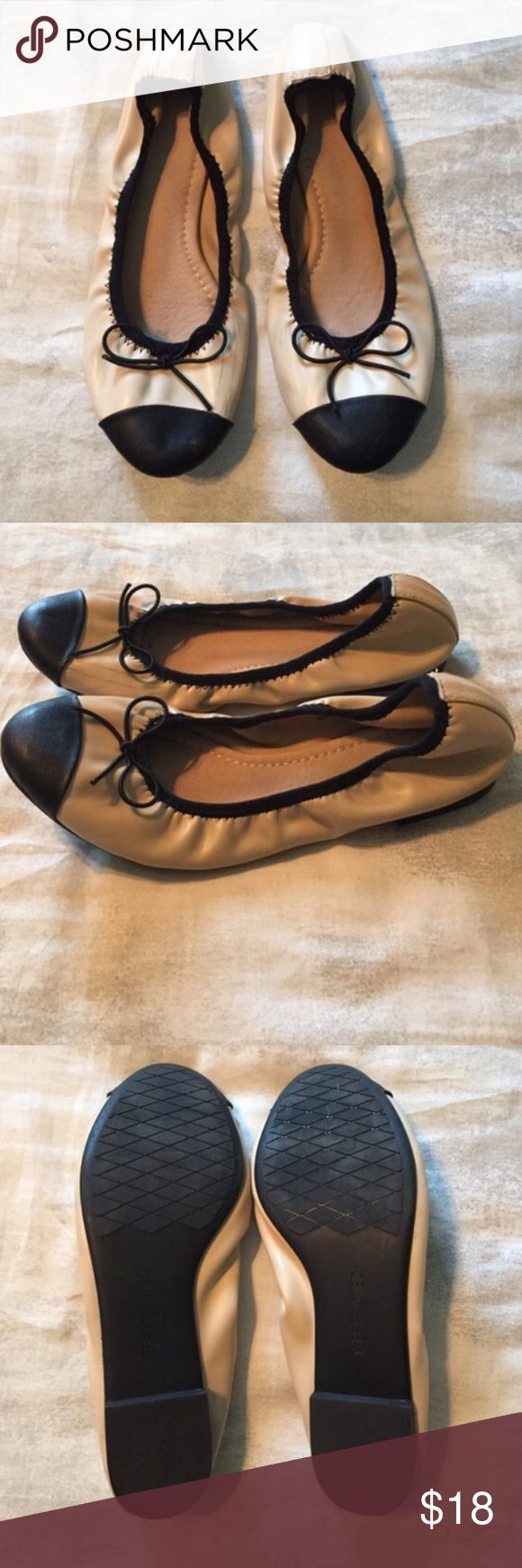Restricted Ballet Flats Moderately worn, few scuffs on inside. Very comfortable! Restricted Shoes Flats & Loafers