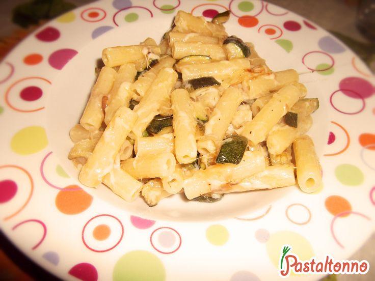 Pasta alle zucchine e formaggio #recipe #pasta #studenti