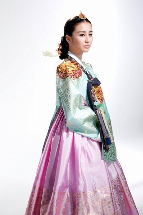 Dong Yi #DongYi #DramaFever #KDrama Come visit kpopcity.net for the largest discount fashion store in the world!!