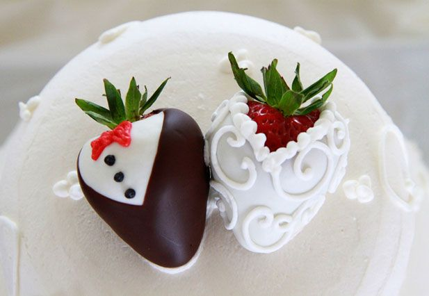 Love the groom and bride strawberries..such a cute idea!