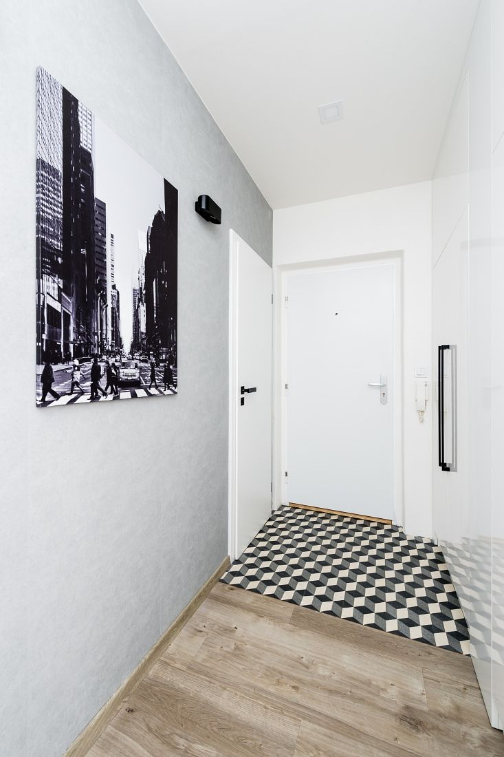 Hallway with retro tiles