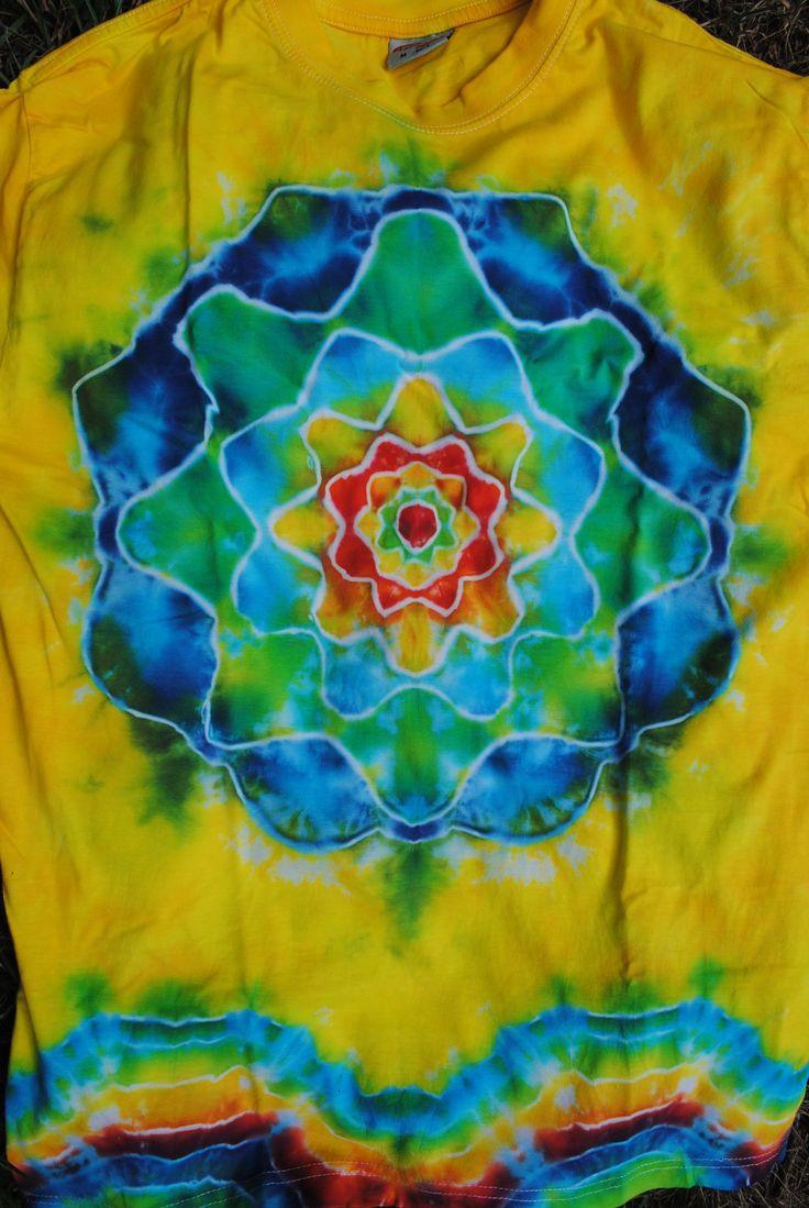 Triko+M+-+Svěží+vánek+Originální,+pánské,+batikované+tričko+velikost+M,+106+cm+přes+prsa,72+cm+délka.+100%+bavlna.+Barveno+kvalitními+reaktivními+barvami,+praní+doporučuji+v+ruce+kvůli+zaprání+bílé+či+světlých+barev.+100%+bavlna180+g/m2+Možno+vyzkoušet+a+vyzvednout+v+Brně.