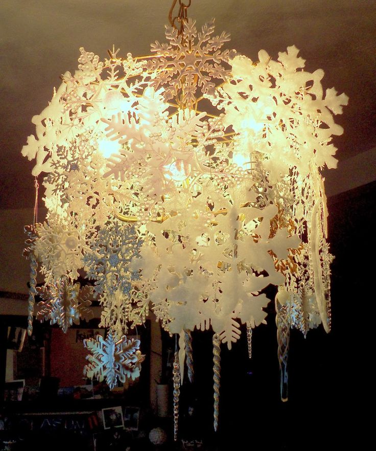 Wintry Snowflake Chandelier