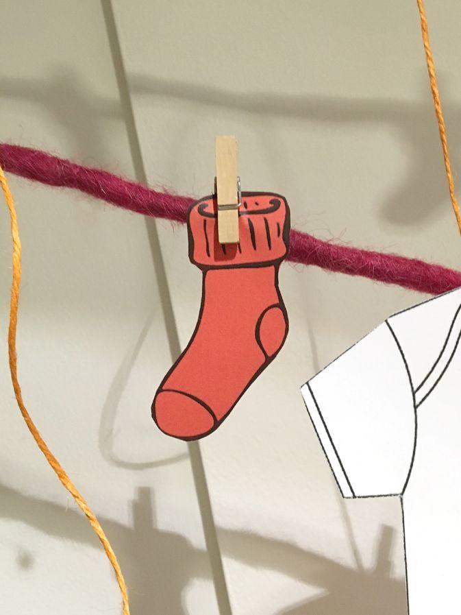 Babyshower-happyhour-tutine-bottoni-bottoms-babygro-bucato-laundry-calzini-socks-red-rosso