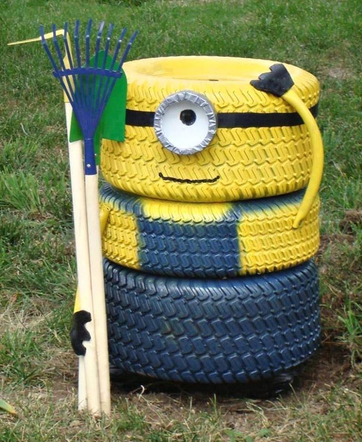 Upcycling tyre minion - love this :)
