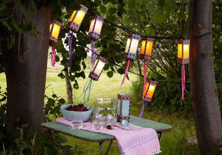 Hübsche Lichterkette - selbstgemacht aus Milchkartons! Muss ja nicht immer teuer sein! :)
