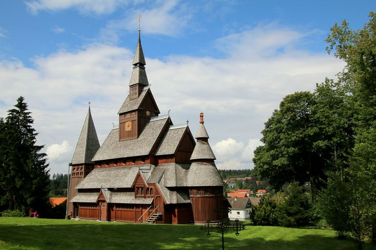 https://flic.kr/p/oGJ4vW | Happy Sunday ! / The Gustav Adolf Stave church in Hahnenklee, Germany |  Buy this photo on Getty Images : Getty Images  Hahnenklee is chiefly known for the Protestant Gustav Adolf Stave Church, built by the architect Karl Mohrmann (1857-1927) in 1908. The clocktower was added in 1975.  =================  Die Gustav-Adolf-Stabkirche ist eine Stabkirche im Goslarer Stadtteil Hahnenklee-Bockswiese im Harz.  Der Bau ist eine freie Nachbildung der Stabkirche von…