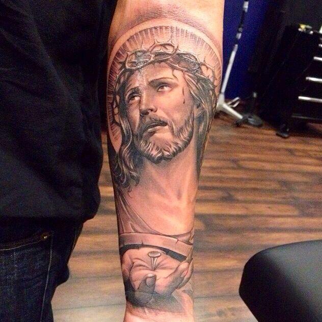a50ceda2e J E S U S C H R I S T | bob | Jesus tattoo, Religious tattoos, Tattoos