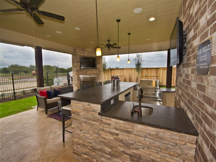Outdoor kitchen // Ryland Homes // Birmingham floor plan