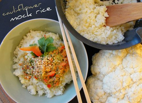 Cooked or raw cauliflower mock rice