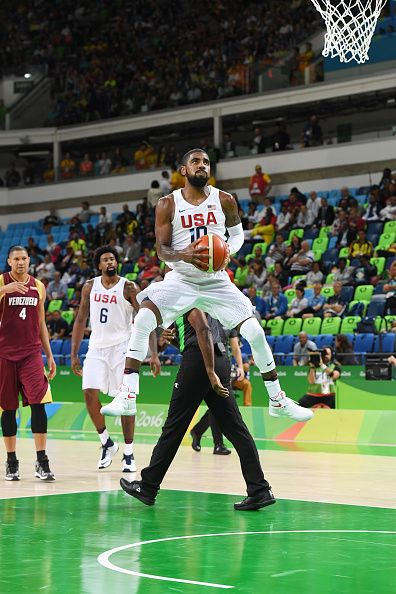 Kyrie Irving of the USA Basketball Men's National Team shoots the ball against Venezuela on Day 3 of the Rio 2016 Olympic Games at…