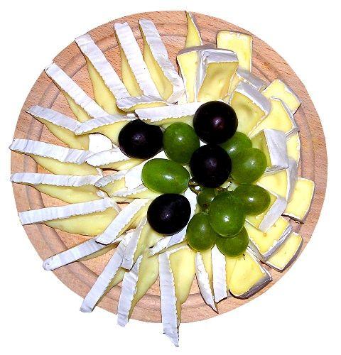 Výborná hermelínová pomazánka a její recept. Sýrové pomazánky patří mezi gurmány k velice oblíbeným pomazánkám. Dají se snadno př