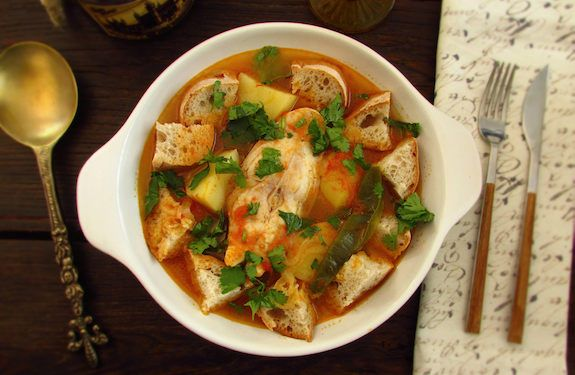 Tomato Soup With Snapper Recipe Soups, Main Dishes with onions, steak, garlic, water, tomatoes, green pepper, crusty bread, potatoes, olive oil, pepper, coriander, salt