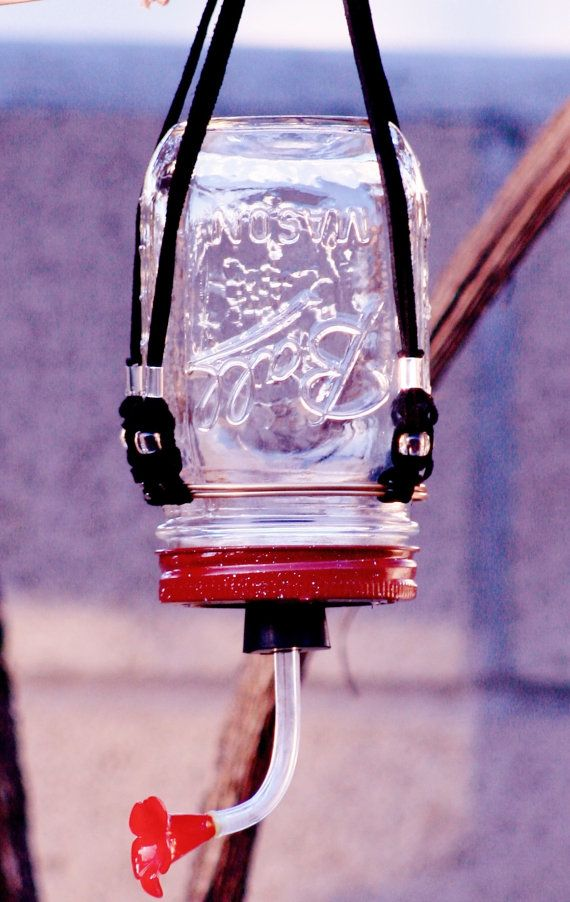 Hummingbird Feeder with pint mason jar and macrame hanger. Handmade.