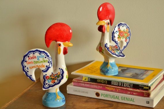 Handpainted porcelain rooster. Symbol of love by FeiradeBarcelos
