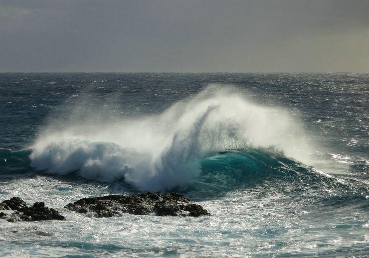 Atlantik Brandung Gischt Kanaren Kanarische Inseln La Palma Meer Ozean Strand Ufer Welle Wellen Wellengang Wind