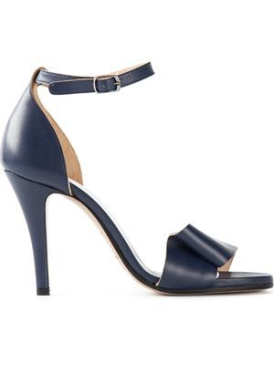 ___maison margiela__fold strap sandal_545€