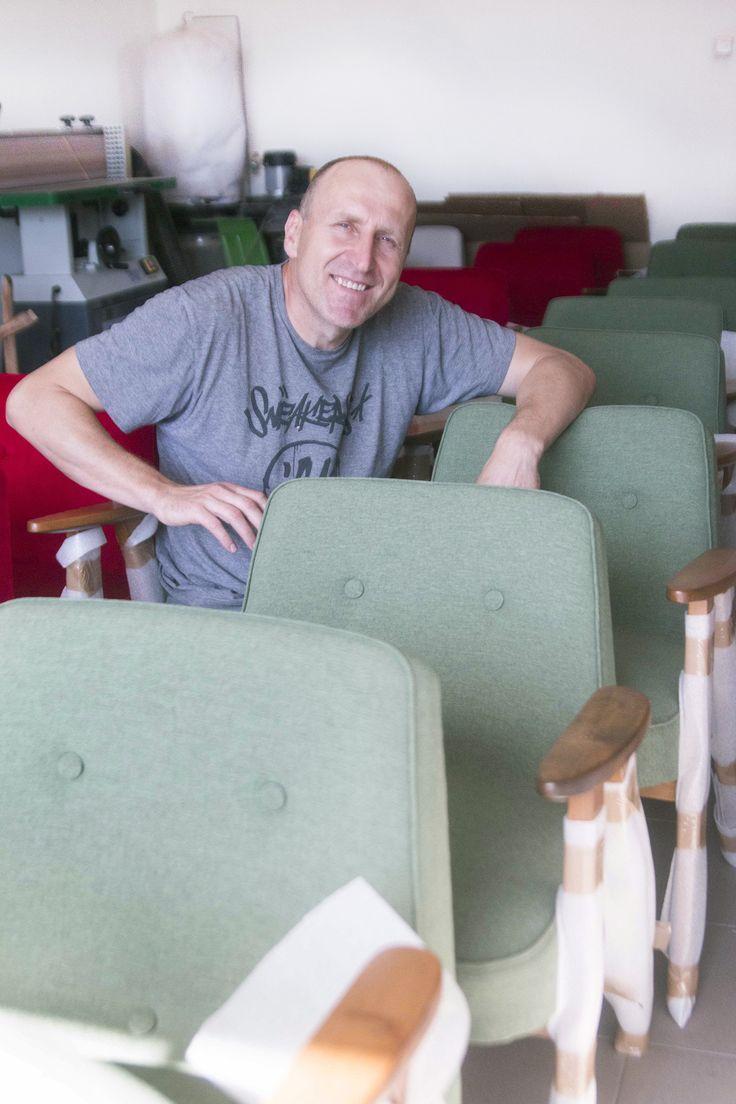 Fotel typ: 366, proj. Józef Chierowski Renowacja: Lekka Furniture