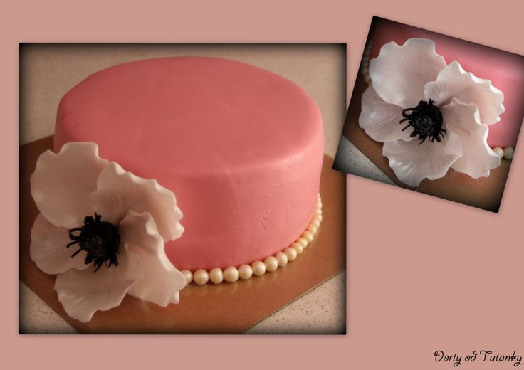 květ a perly