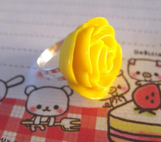 I want yellow ring like this - inspired by Kandee Johnson! #mybetsonBetts #BettsRaceDayReady