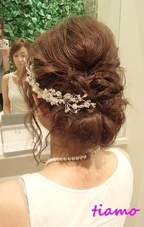 綺麗めナチュラルアップからサイドダウン♡美人花嫁さまの素敵な一日 の画像|大人可愛いブライダルヘアメイク『tiamo』の結婚カタログ