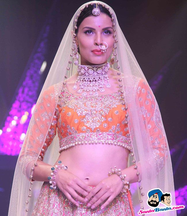 India International Jewellery Week 2015 -- Deepti Gujral Picture # 313636