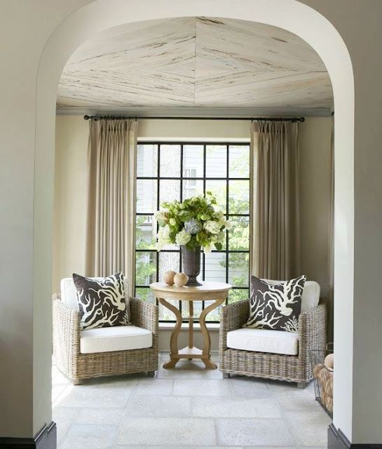 Great wicker chairs for indoors...and end table