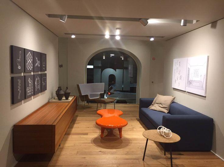Η Cappellini παρουσίασε στα πλαίσια του Salone del Mobile το νέο international concept για τα καταστήματα της.