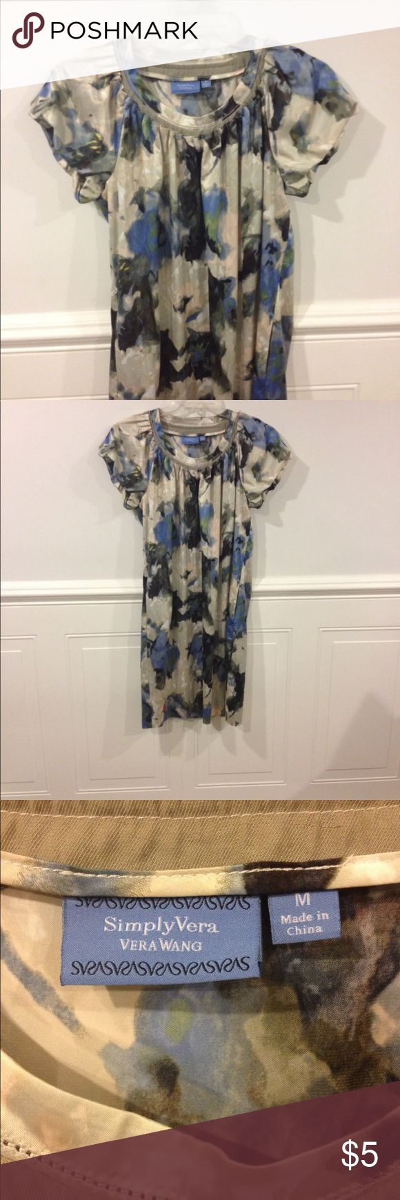Simply Vera Medium dress good condition Size Medium Simply Vera dress good condition Simply Vera Vera Wang Dresses