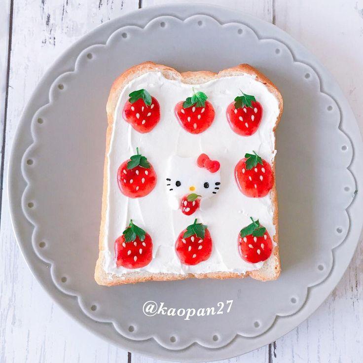 Hello Kitty & strawberries toast art by kaori.kubotaHokkaido (@kaopan27)