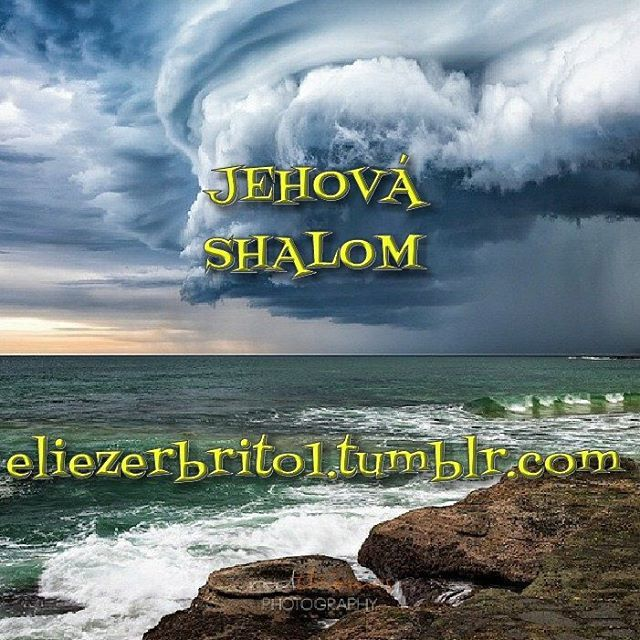 JEHOVÁ-SHALOM, Significado: El Señor es paz Aplicación: Dios derrota a nuestros enemigos para darnos paz. Jesús es nuestro Príncipe de paz. Dios da paz y armonía interior. Referencias bíblicas:...