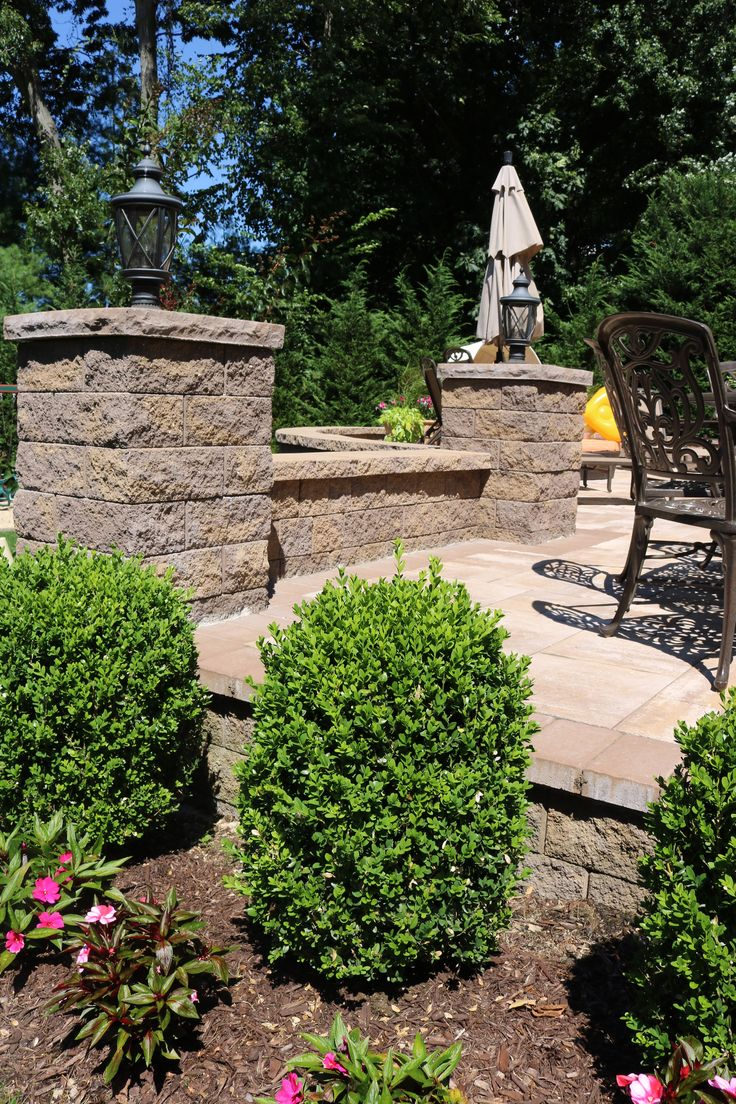 Cambridge pavingstones wall systems color options - Create A Beautiful Entryway Curb To Door Only With Cambridge Pavingstones With Armortec Installation