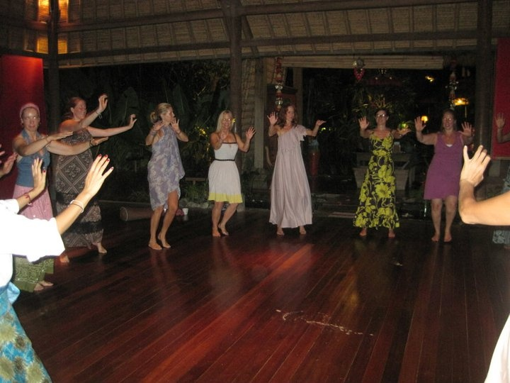 """""""Baliwood"""" dancing in Bali... thanks Niti for the fabulous impromptu & unforgettable lesson!"""