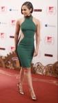 Alicia Keys wears Green to the EMA Awards 2013