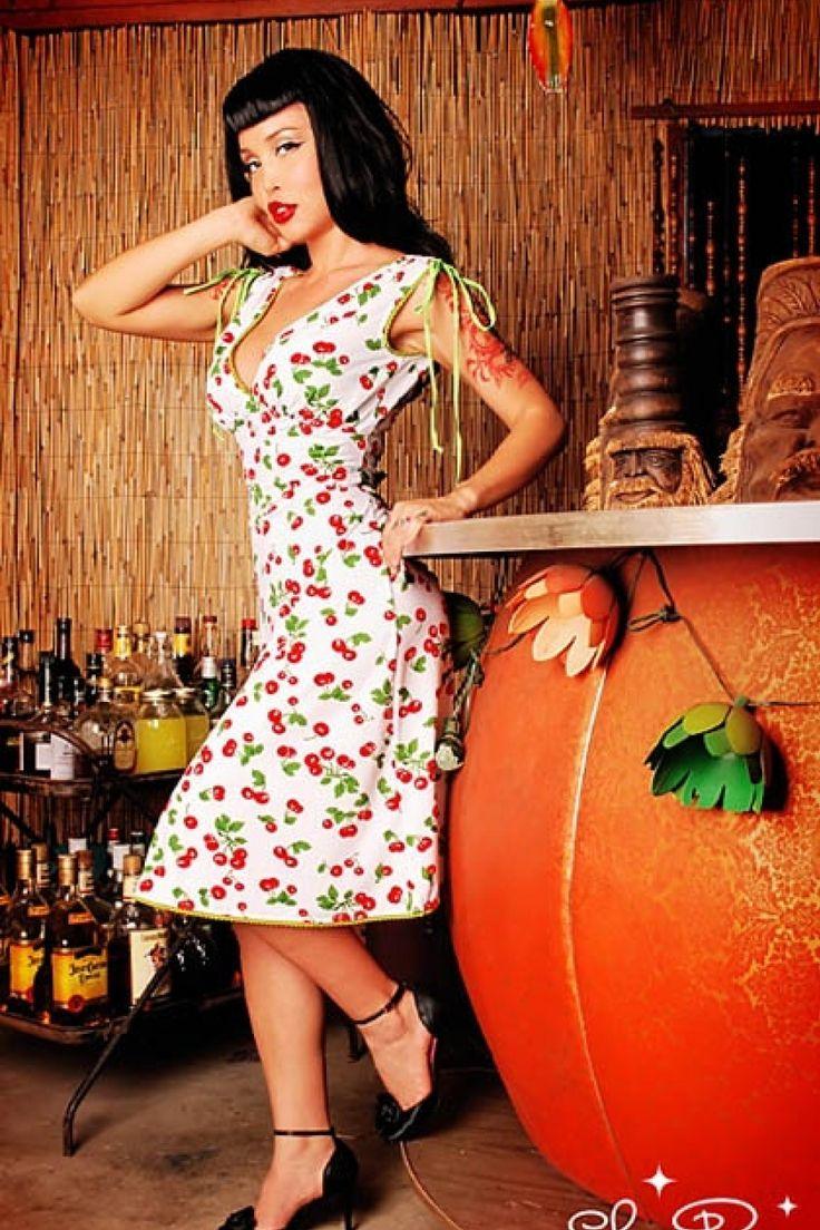 Pinup Couture - Anna White Cherry dress jurk