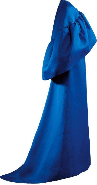 Christobal Balenciaga  Vestido de noche en gazar de seda azul añil    1965