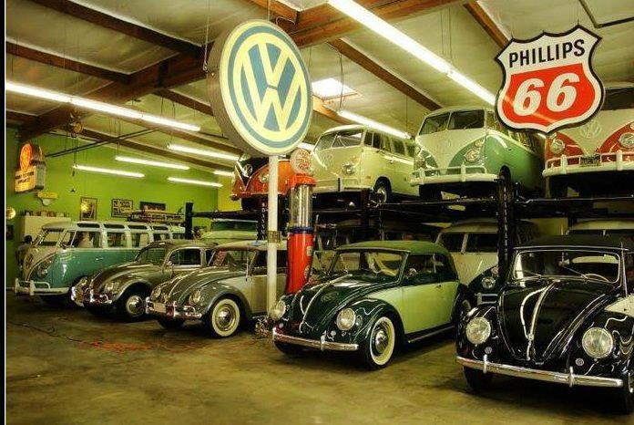 vw bus and beetle garage old school vw 39 s pinterest. Black Bedroom Furniture Sets. Home Design Ideas
